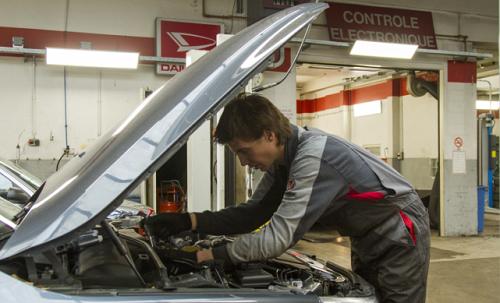 onderhoud reparatie autoweerd utrecht werkplaats monteurs